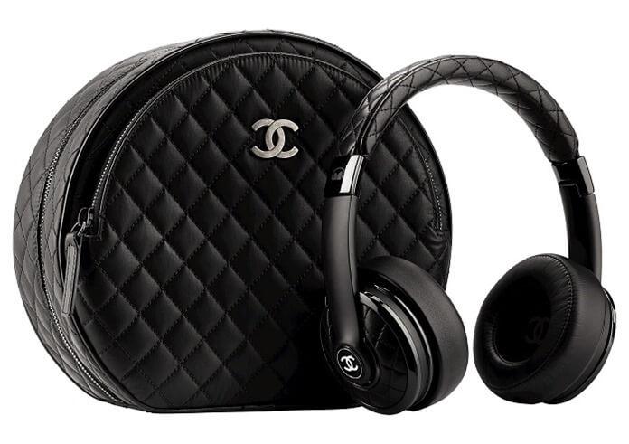 Chanel fejhallgató